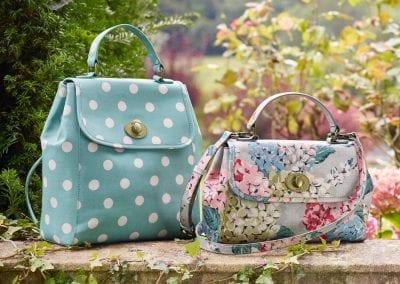 cath-kidston-oat-turnlock-hydrangea-handbag-product-5-015018039-normal